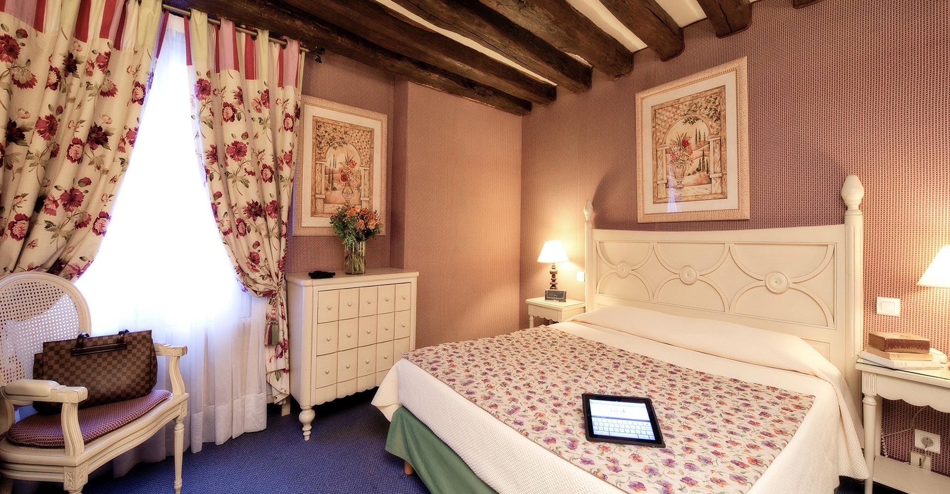 hotel_beaubourg_paris_marais_double_superieure5